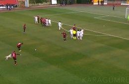 В Турции собака прервала футбольный матч, решив поиграть в мяч, и это просто очаровательно!