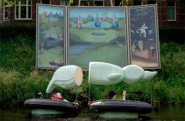 В Нидерландах прошёл водный парад в стиле Иеронима Босха (24 фото)