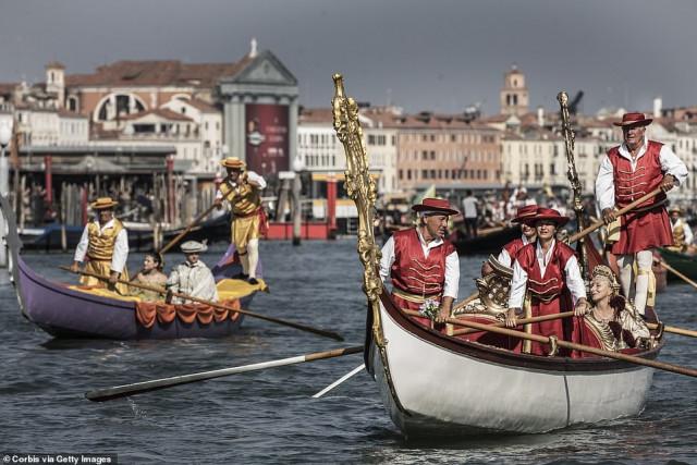 В Венеции прошла историческая регата