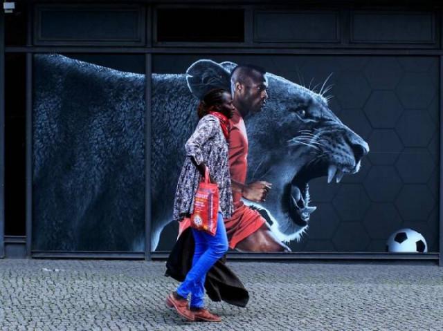 Забавные совпадения в уличных фотографиях Ишайи Линденберга