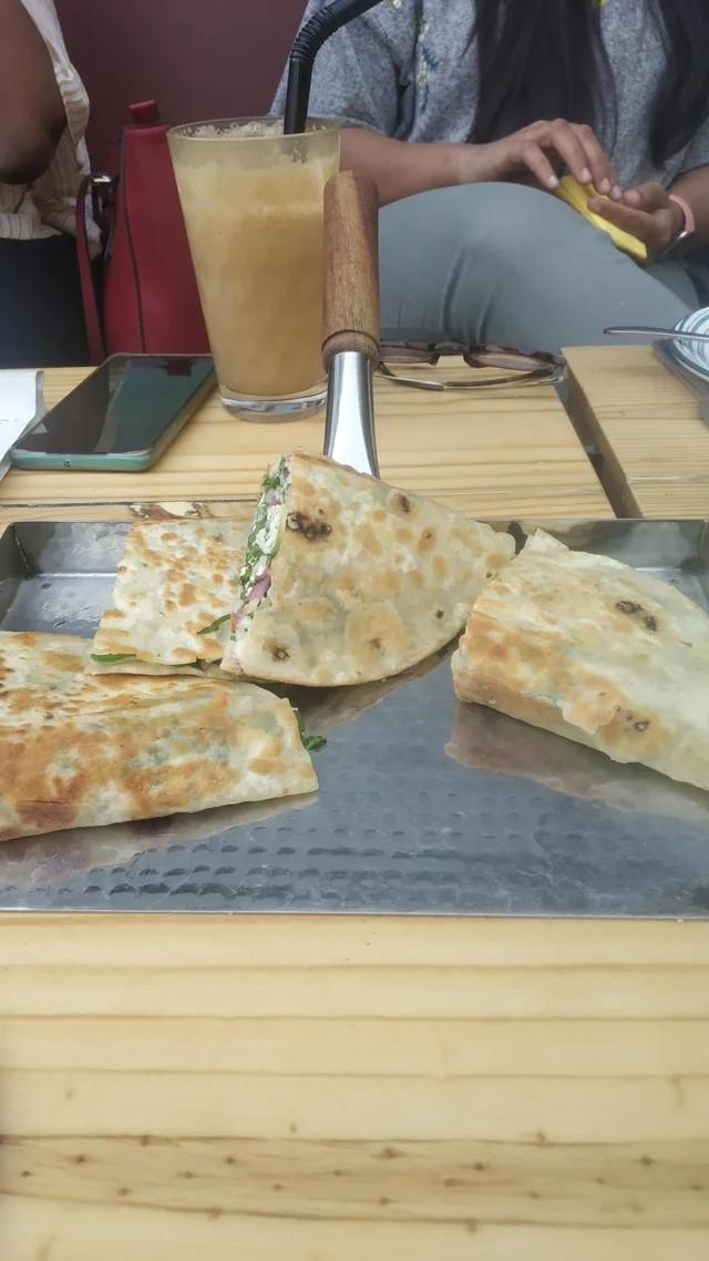 Новые примеры безбашенной подачи блюд