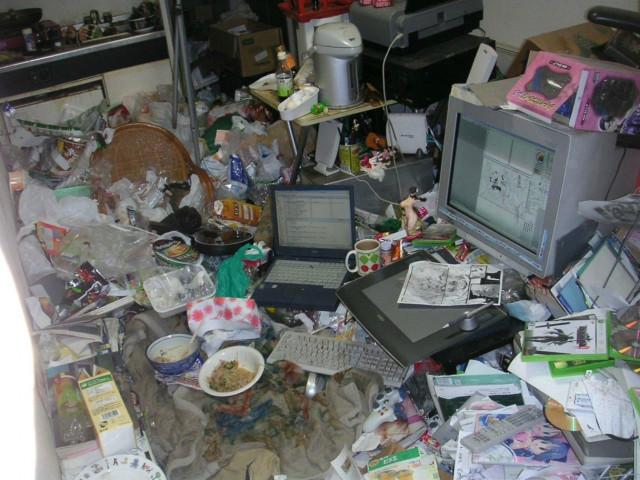 Компьютерные столы, глядя на которые, вы поймёте, что на вашем столе — идеальный порядок
