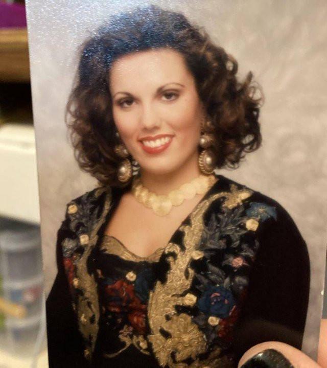 У каждого в фотоальбоме есть фотография, которую хочется спрятать подальше