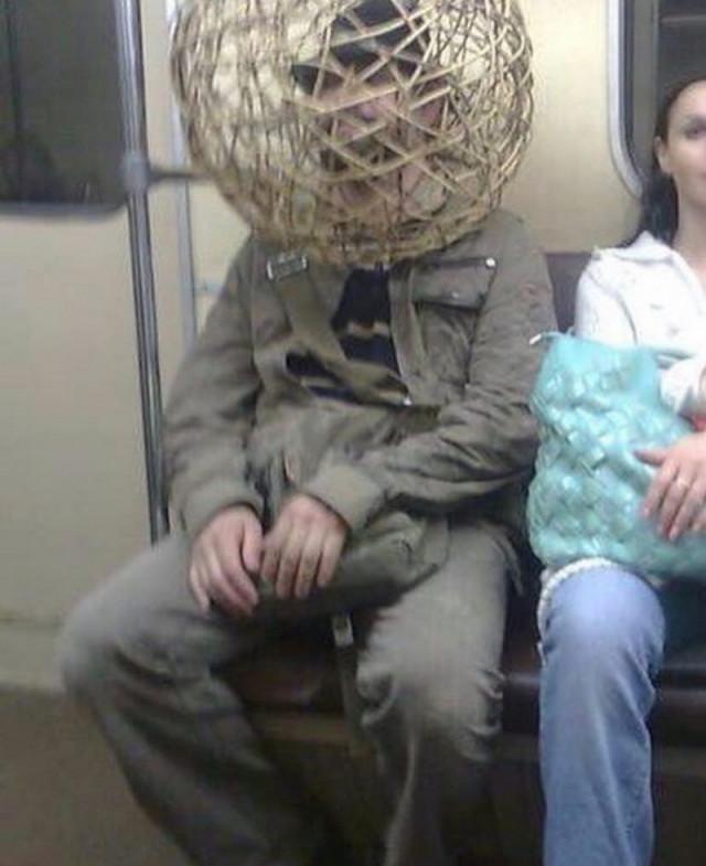 Странные и неожиданные пассажиры в метро