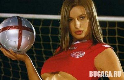 Футболистки сборной журнала Maxim