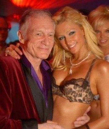 Основателю Playboy Хью Хефнеру - 80