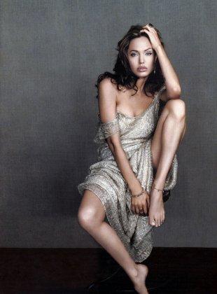 Angelina Jolie (2005)