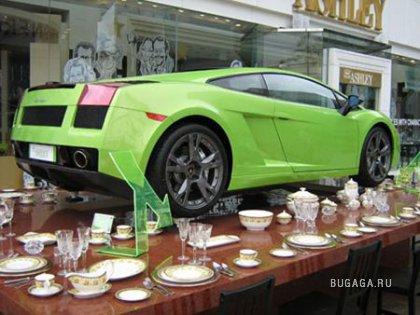 Китайский фарфор выдерживает Lamborghini (ФОТО)