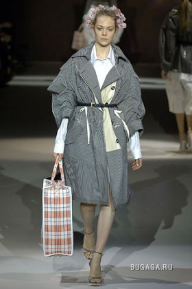 LOUIS VUITTON SPRING/SUMMER 2007 PARIS