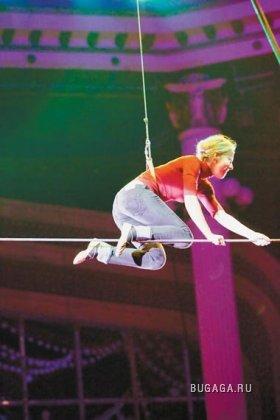 Ксения Собчак летает