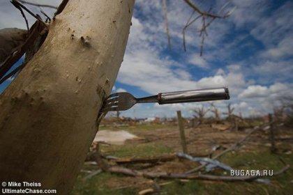 Что осталось после торнадо.
