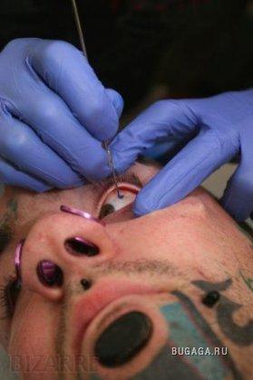 Глазная татуировка (НЕ ДЛЯ СЛАБОНЕРВНЫХ)